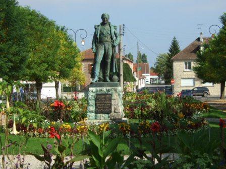 Statue Valée © Jean-Marc Livet – Office de Tourisme de Brienne-le-Château