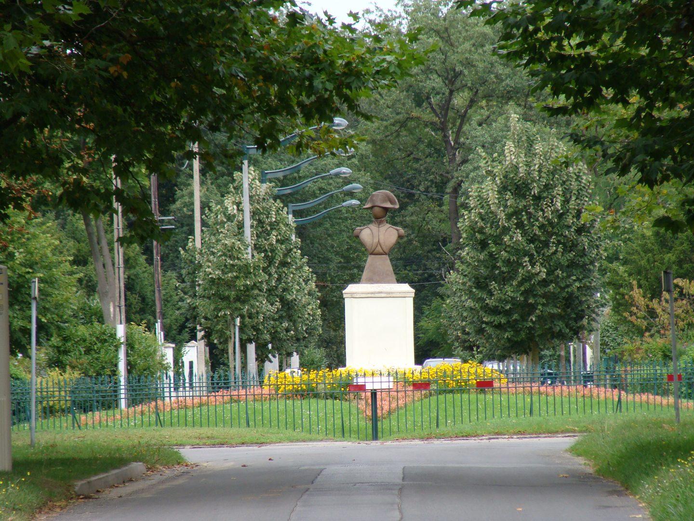 Place Napoléon Maisons-Laffitte DR