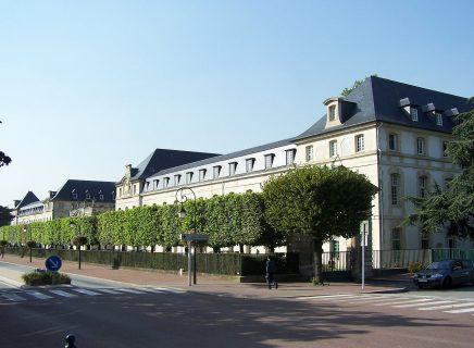 Saint-Cyr-l'École_- Saint Cyr l'Ecole-Napoleon