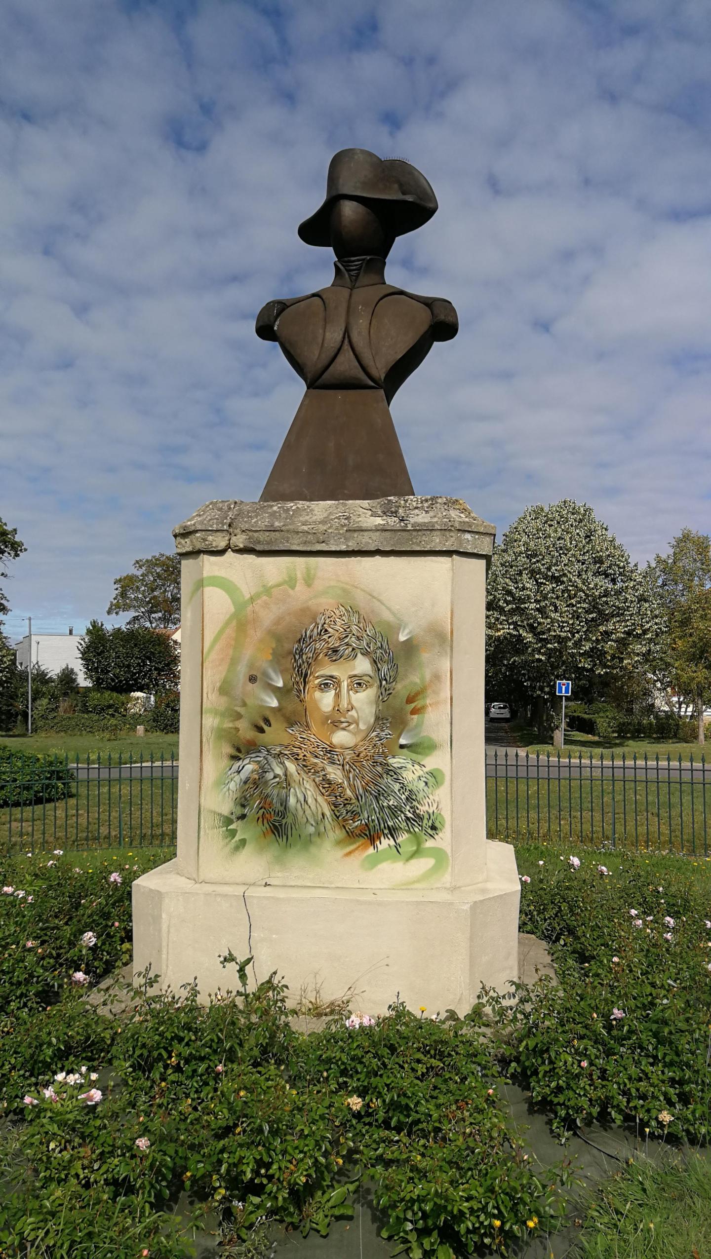 C215 Napoléon